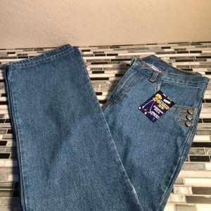 2️⃣ watch L.A. women jeans